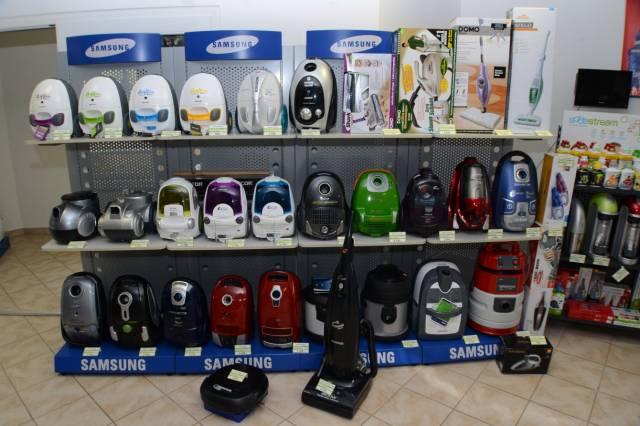 Vysavače, kávovary, zvlhčovače vzduchu adalší spotřebiče