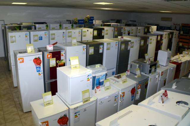 Sporáky, myčky, ledničky, pračky adalší elektrospotřebiče